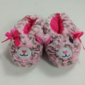 ADORABLE PINK GIRLS SLIPPERS